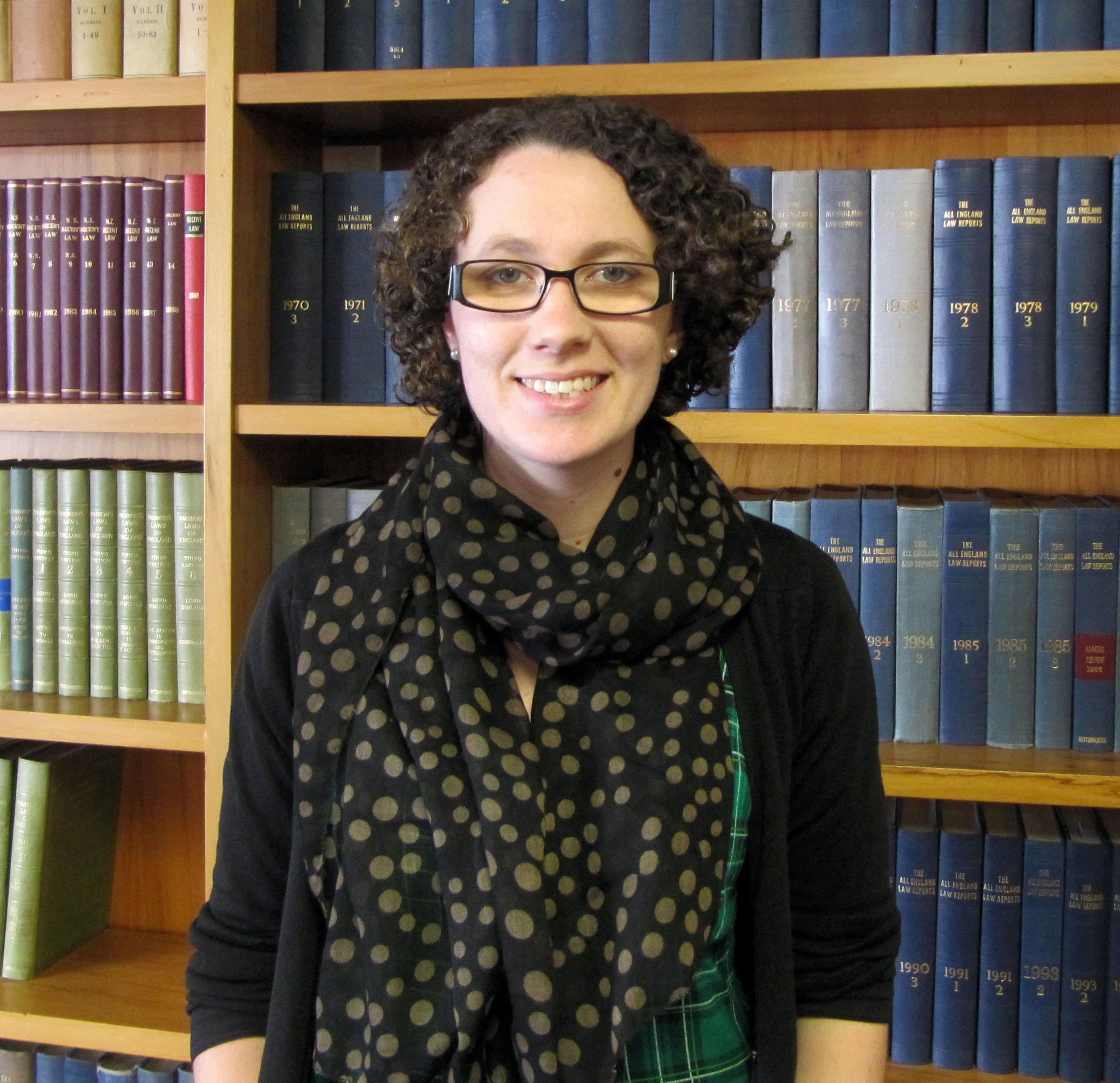 picture LisaGay Hamilton